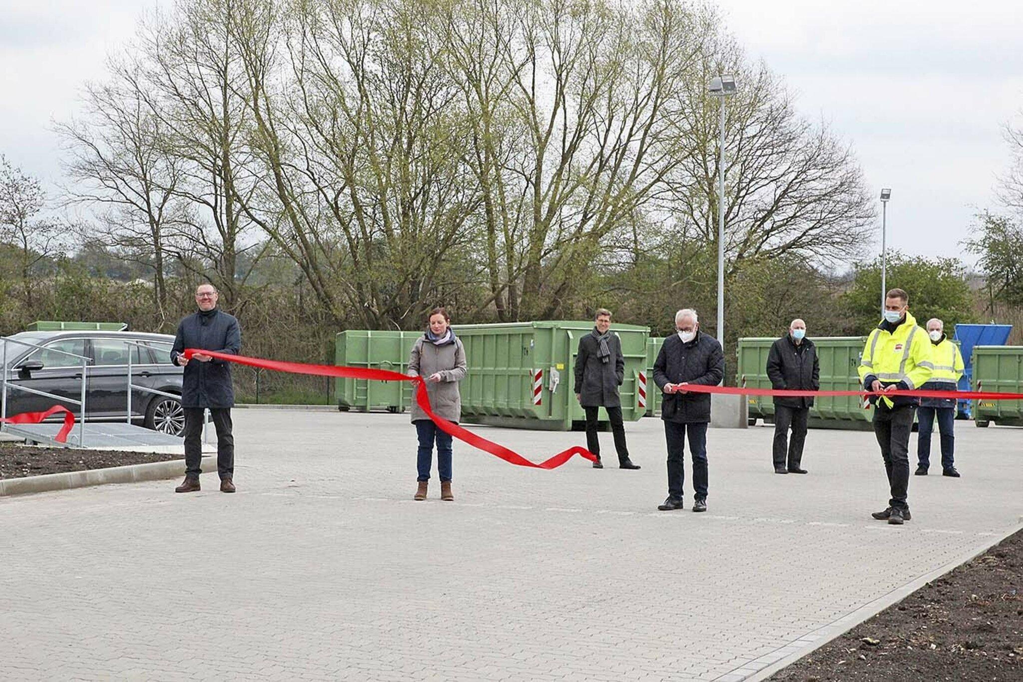 Gute Nachricht für Hollenstedt und Neu Wulmstorf                                                                  Landkreis Harburg hat Grünabfall-Anlage in Ardestorf gebaut