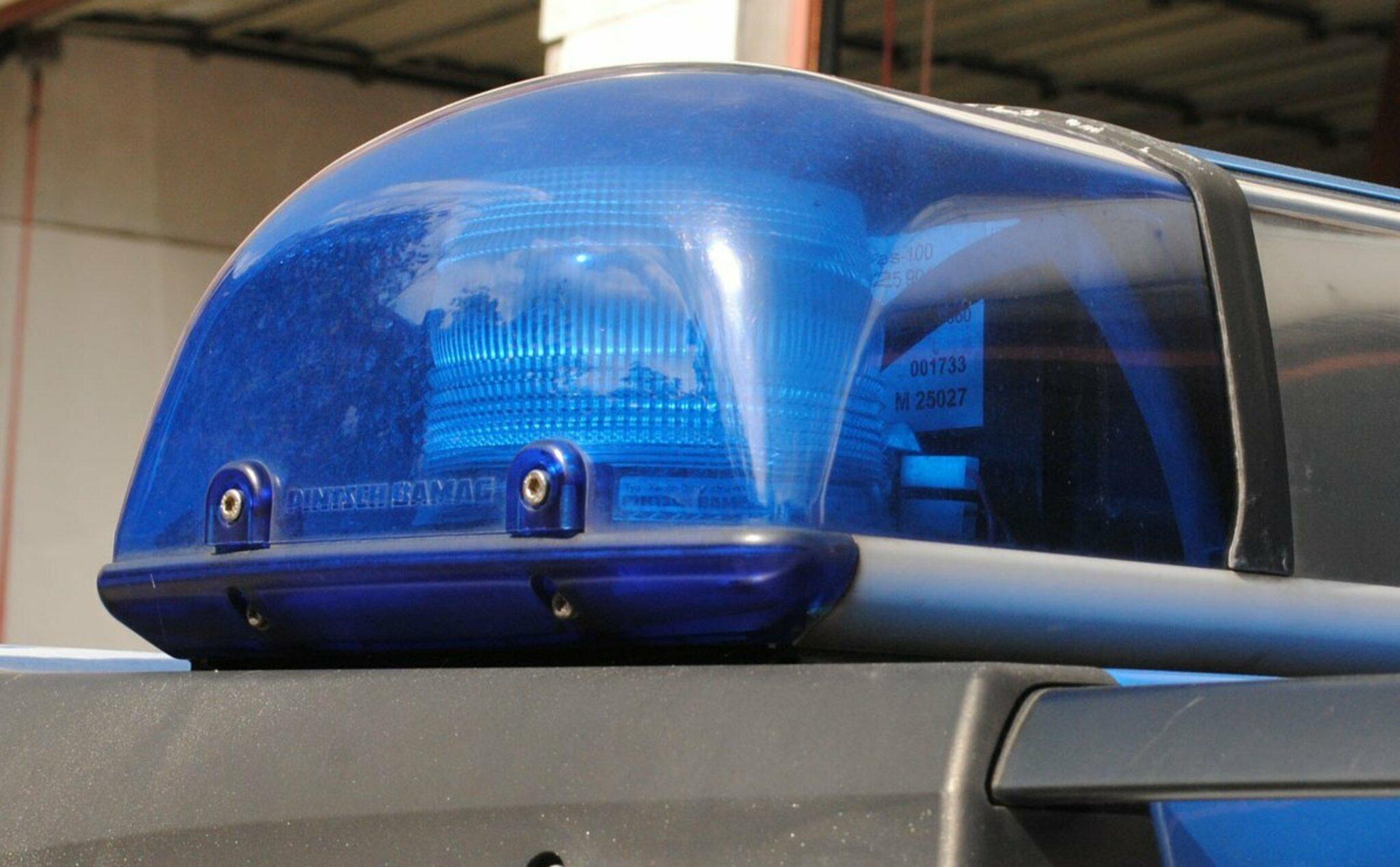 Täter flüchtete sofort                                                                  Hausbewohnerin ertappt Einbrecher